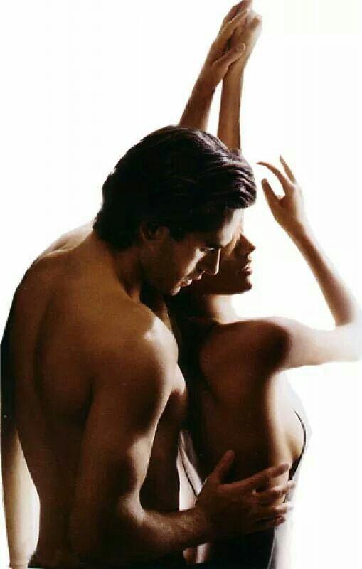 Parce que l'érotisme rime avec sensualité... si si !
