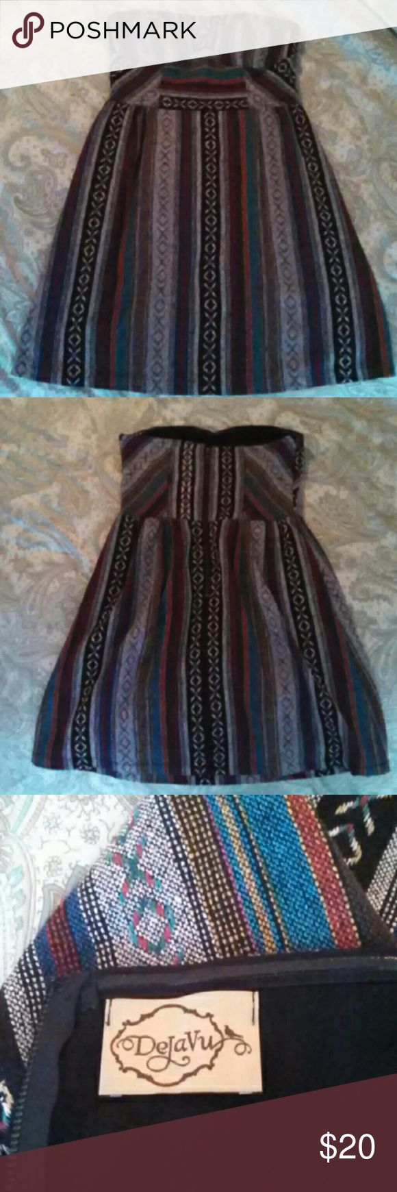 Cute Tribal Dress I love this little dress but it's a little small on me. It's in great condition! DejaVu Dresses Mini
