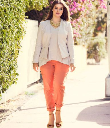 I love this color combination of neutrals with a bright pastel.  HandM 5-pocket Chinos in stretch cotton on model Tara Lynne.  Plus Model Magazine.