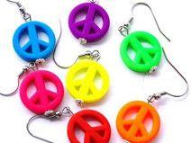 "Ohrringe ""Peace"" Symbol in Neonfarben"