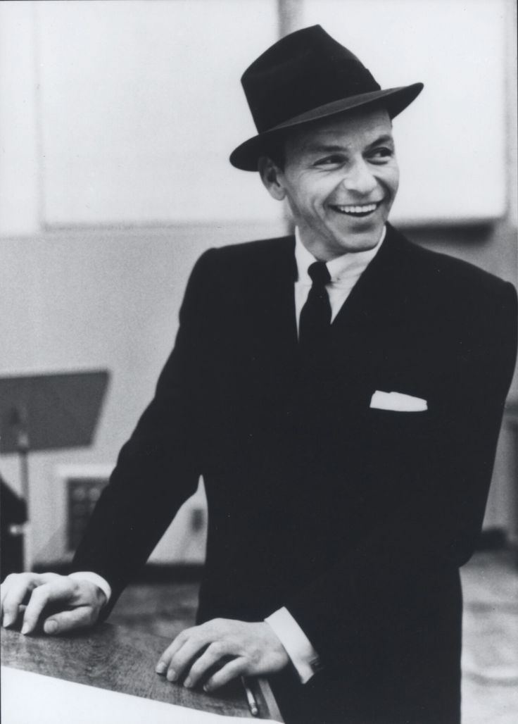 Frank Sinatra, one of my dad's favorite singers, I have grown over the years to appreciate his music, I don't love him but I do like some of his songs