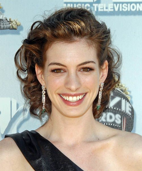 Best 25+ Anne Hathaway Blonde Ideas On Pinterest