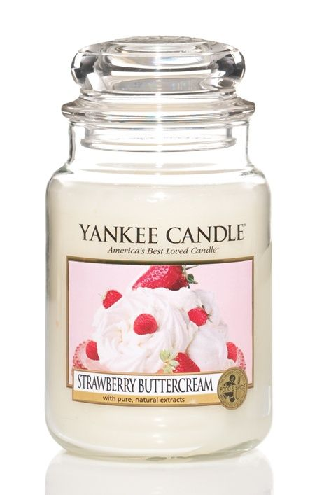 """Strawberry Buttercream – YankeeCandle: """"Yum . . . an absolutely luscious treat of plump, sweet strawberries buried in rich whipped cream. """""""