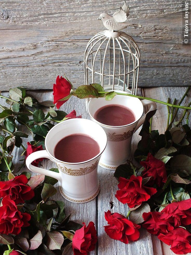 A házasság hete is megérdemel annyi romantikát, mint a Valentin-nap. Én most az ajándékba kapott vörös rózsákhoz találtam ki ezt a- tulajdonképpen...