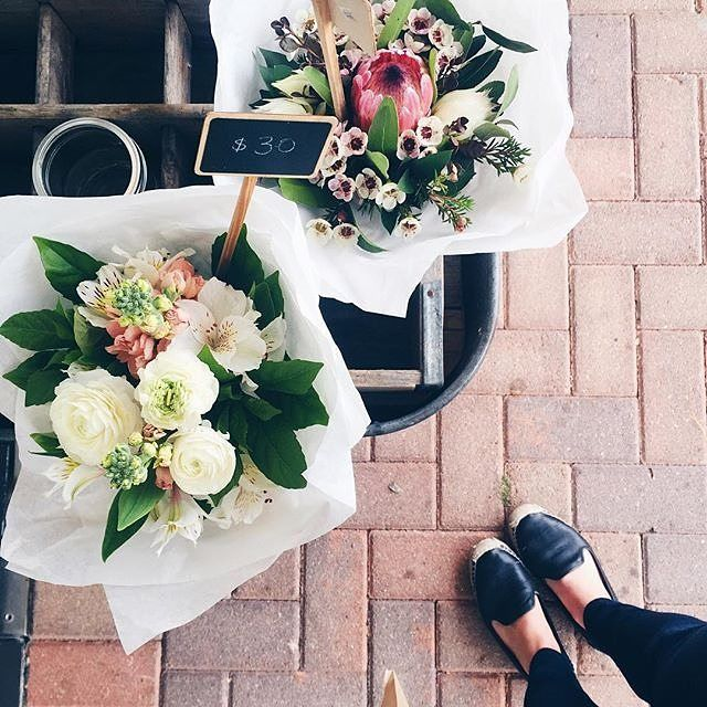 Where do you like to go shopping for fashion, fresh produce or gifts for the family when you visit Canberra? Instagrammer @inexplicablewanderlust recently enjoyed a spot of shopping at @shopgirlflowergirl in Ainslie. #visitcanberra