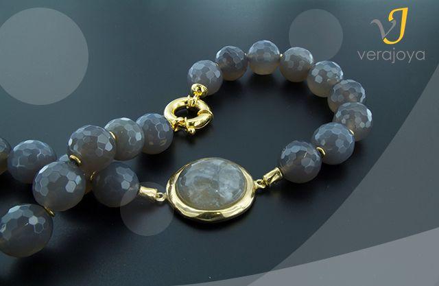Collar 100%Verajoya de ágata natural gris con cierre marinero y enlaces en plata de ley bañada en oro #jewelry #joyas