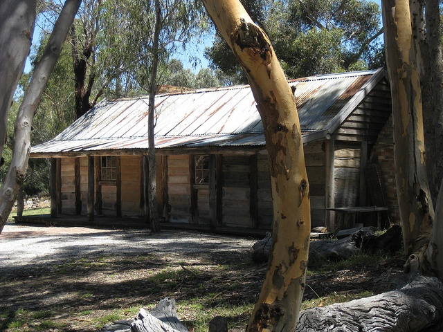 The Slab Hut, Emu Bottom Homestead - Sunbury by raaen99, via Flickr