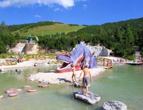 Triassic Park Steinplatte | KiMaPa Kids on Tour