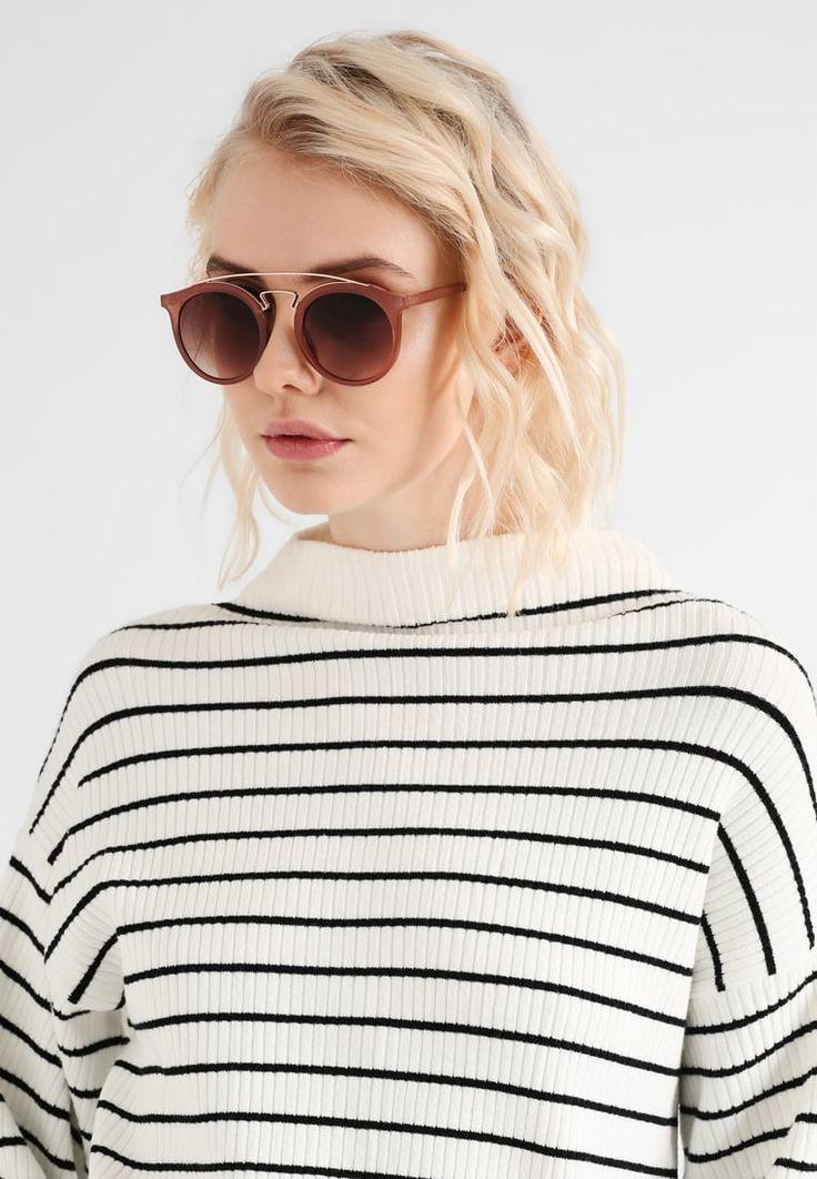 ¡Consigue este tipo de gafas de sol de Even&odd ahora! Haz clic para ver los detalles. Envíos gratis a toda España. Even&Odd Gafas de sol mauve: Even&Odd Gafas de sol mauve Ofertas   | Ofertas ¡Haz tu pedido   y disfruta de gastos de enví-o gratuitos! (gafas de sol, gafa de sol, sun, sunglasses, sonnenbrille, lentes de sol, lunettes de soleil, occhiali da sole, sol)