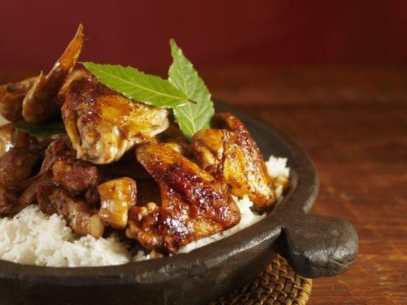 Adobo: Huhn und Schwein mit Reis (Philippinisches Nationalgericht) ist ein Rezept mit frischen Zutaten aus der Kategorie Hähnchen. Probieren Sie dieses und weitere Rezepte von EAT SMARTER!