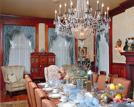 17 best images about victorian decorating on pinterest for Victorian dining room decorating ideas