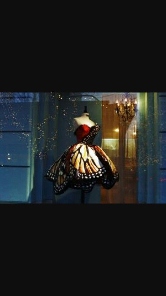Vestito ispirazione farfalle
