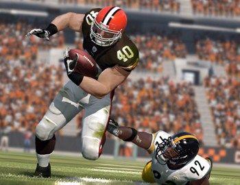 Το American Football ως παιγνίδι μπορεί να βοηθήσει νακαταλάβουμε πως παίζεται. Το Madden NFL 12 περιλαμβάνει όλα τανεότερα για το πρωτάθλημα καθώς και πολλά αμυντικά και επιθετικάσυστήματα.