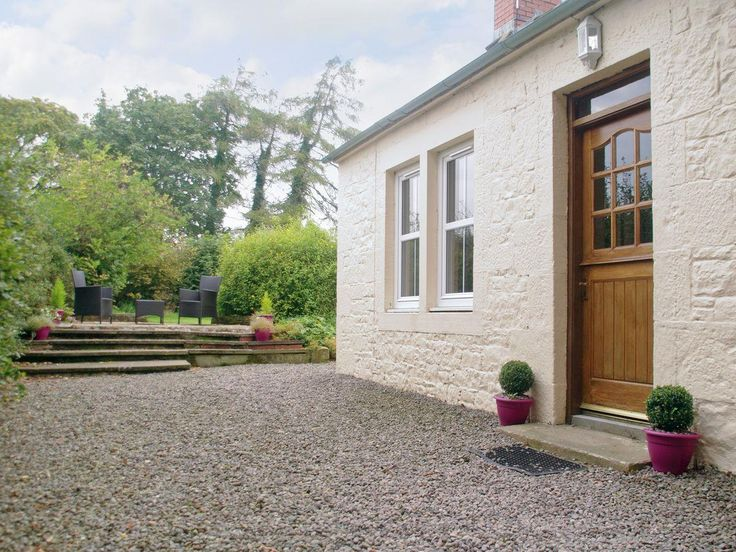Beckhead Cottage is in a delightful location near Lockerbie, South-west Scotland, set within its own fully enclosed gardens with a tumbling burn just beyond the house. Inside the traditional cottage provides a fresh modern space which retains all of the cottage's original character.