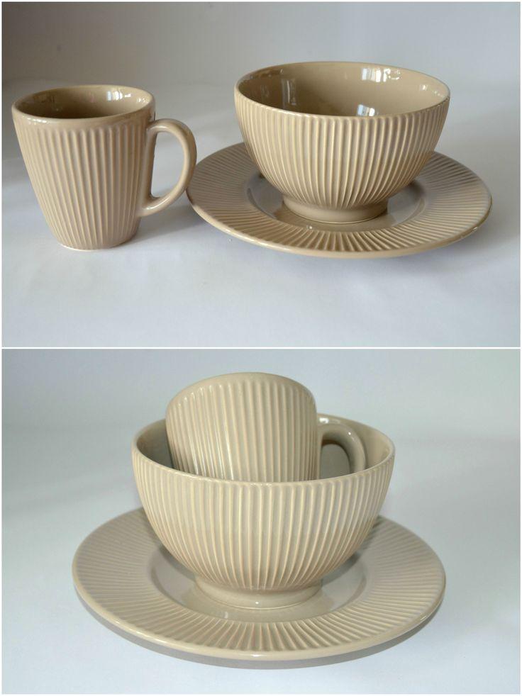 Iced Coffee - набор посуды для завтрака на 1 персону. ЧАШКА + ПИАЛА + ДЕСЕРТНАЯ ТАРЕЛКА. Глазурованная керамика. Подходит для микроволновой печи и для посудомоечной машины.  --  Цена 320 грн.  --  #красиваяпосуда #посуд #посуда #керамика #ceramics #pottery #polishpottery   ceramic tableware | pottery | polish pottery | посуда | керамическая посуда | польская керамика  | польская посуда | керамика | красивая посуда | наборы для завтрака