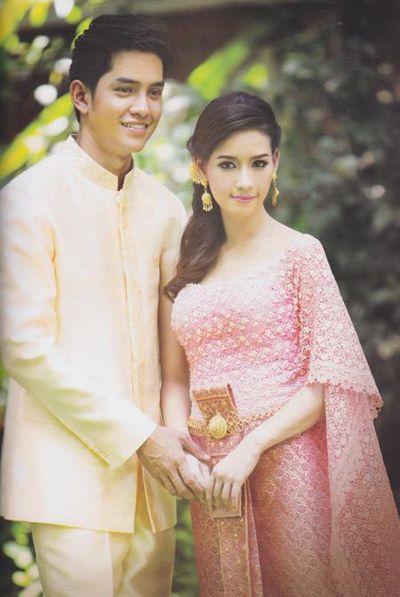 ชุดแต่งงาน ชุดไทยสีชมพู หวาน ๆ