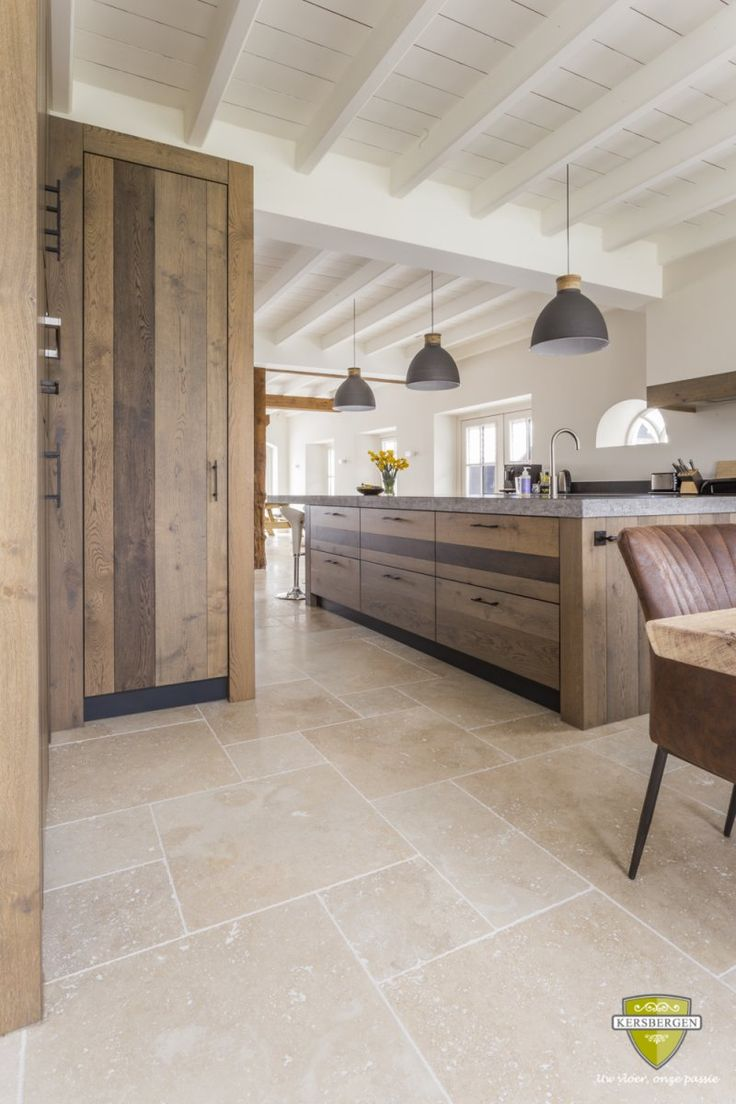 Travertin beige | Travertine beige | Kersbergen.nl