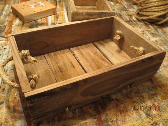 Rustic Decorative Primitive Style #Wooden #Pallet by myalteredstate.co