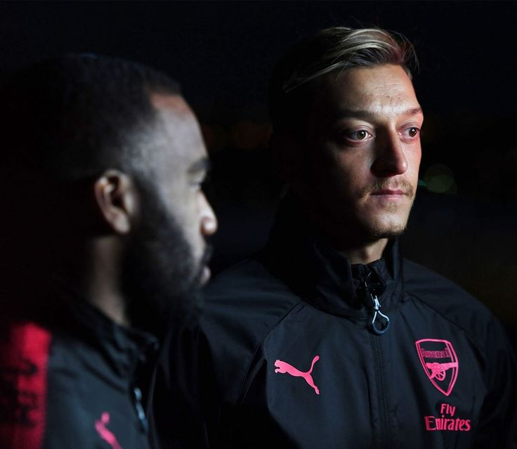 "201.7k Likes, 428 Comments - Arsenal Official (@arsenal) on Instagram: ""#Lacazette #Ozil #WeAreTheArsenal"""