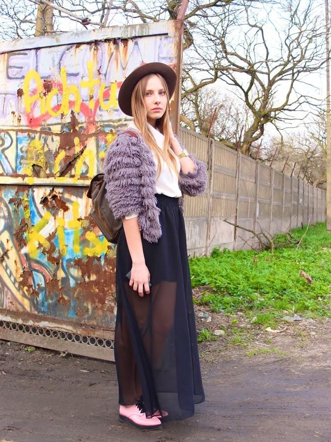 : Fashion Weeks, F W Styleinspiration, Flirty Skirt, Fashion Style, Color, Street Style, Has, Coat