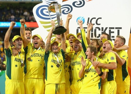 Michael Clarke and the Australian cricket team celebrate after beating the Black Caps to win the World Cup in Melbourne.