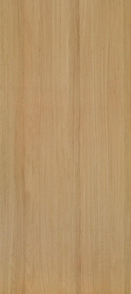 Shinnoki is een uniek fineerproduct. Het is een combinatie van fineer met het gemak van een melamine plaat. De toplaag is gemaakt van fineerhout, dit wordt afgemaakt met een kern van MDF en een tegenfineer op de achterzijde voor de stabiliteit van de plaat. Net als een melamine plaat wordt deze kant-en-klaar geleverd. De Shinnoki panelen kunnen dus meteen worden toegepast zonder verdere verwerking. Deze variant, genaamd Natural Oak, is bij Stabilo Interieurbouw verkrijgbaar voor uw…