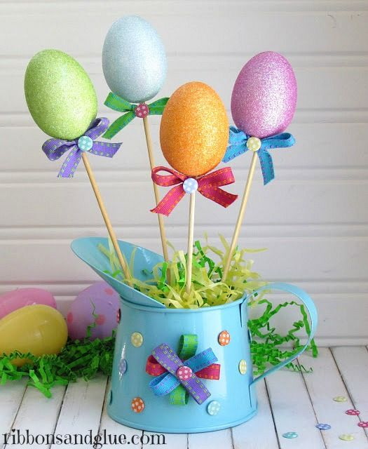 Easter Centerpiece made from Dollar Store goods.  {ribbonsandglue.com}