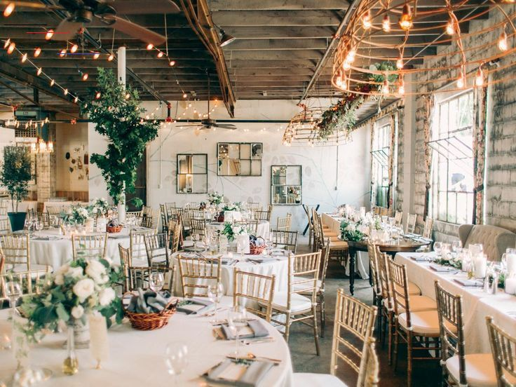 The Ultimate Guide To Enchanting Wedding Venues In Michigan The Ultimate Guide To Enchan In 2020 Michigan Wedding Venues Enchanted Wedding Venues Wedding Venues Indoor