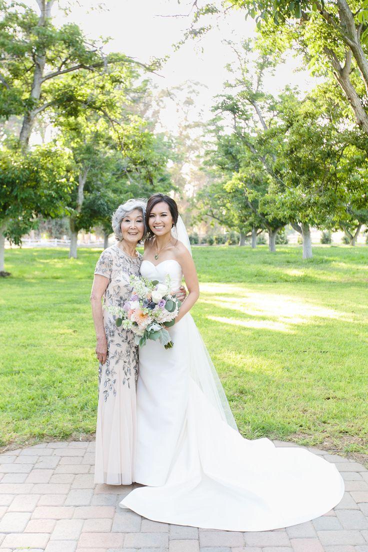 Moorpark farm wedding dress