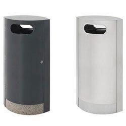 Frittstående avfallsbeholder i flott design. Tilbys i 100 liter i pulverlakkert og rustfri versjon. Med god åpning innbyr den til å ta imot avfall i …