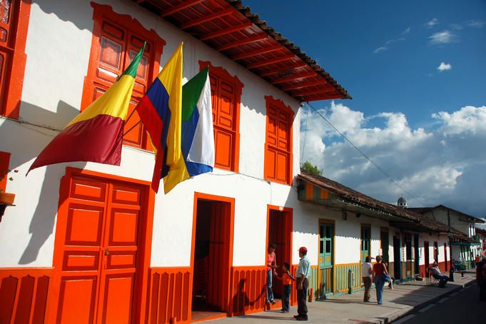 typical colonial architecture in Colombia