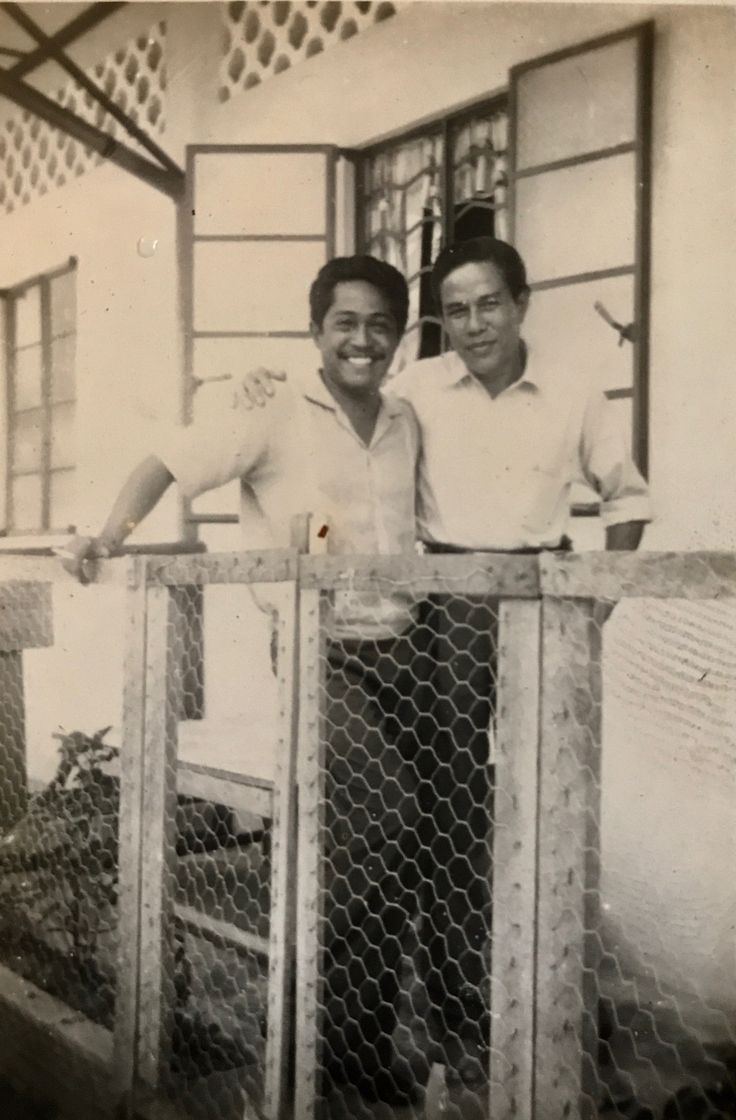 Sukarno M Noor Veteran Indonesian Actor (left)
