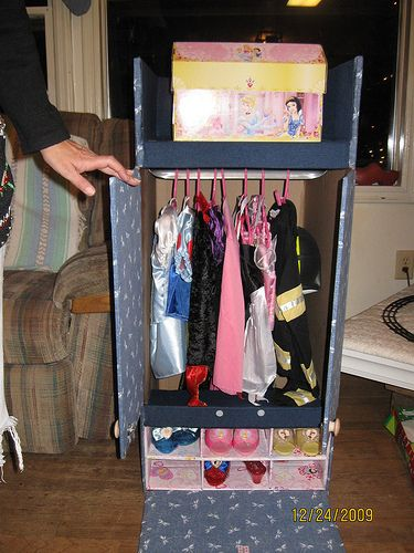 Dress up Closet from wardrobe packing box.  I need this!  Grace's dresses are taking over her closet!