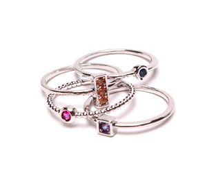[R202] Gorgeous Four Stackable Ring Set ($26)