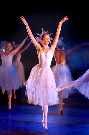 Das habe ich mir al - Das habe ich mir als kleines Mädchen so sehr gewünscht... aber leider durfte ich noch nichtmal ins Kinderballett... --- #Theaterkompass #Theater #Theatre #Tanztheater #Ballett