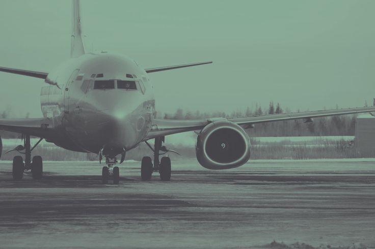 Flightradar24Live - Kostenlos online Flüge verfolgen per Flugradar!       Fullscreen      Flugverfolgung live mit Flightradar24    Mit dem Webdienst Flightradar24 kannst Du in Echtzeit sowohl die Flüge von Freunden und Familie, als auch die allgemeine Bewegung im Luftraum und an Flughäfen, beobachten. Dazu