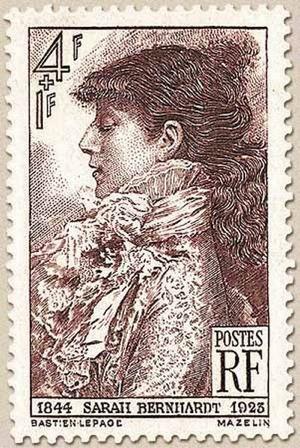 Sarah Bernhardt auf französischer Briefmarke