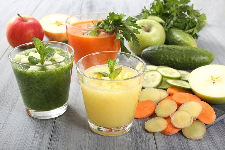 Предлагаем вам идеи смузи, которые помогут обогатить организм необходимыми витаминами и одновременно избавить от лишних сантиметров.