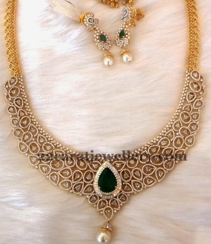 Diamond Emerald Dazzling Necklace | Jewellery Designs