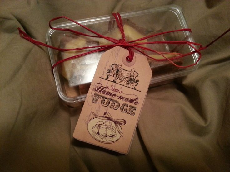 Home-made fudge and label design in action. Food gift ideas.
