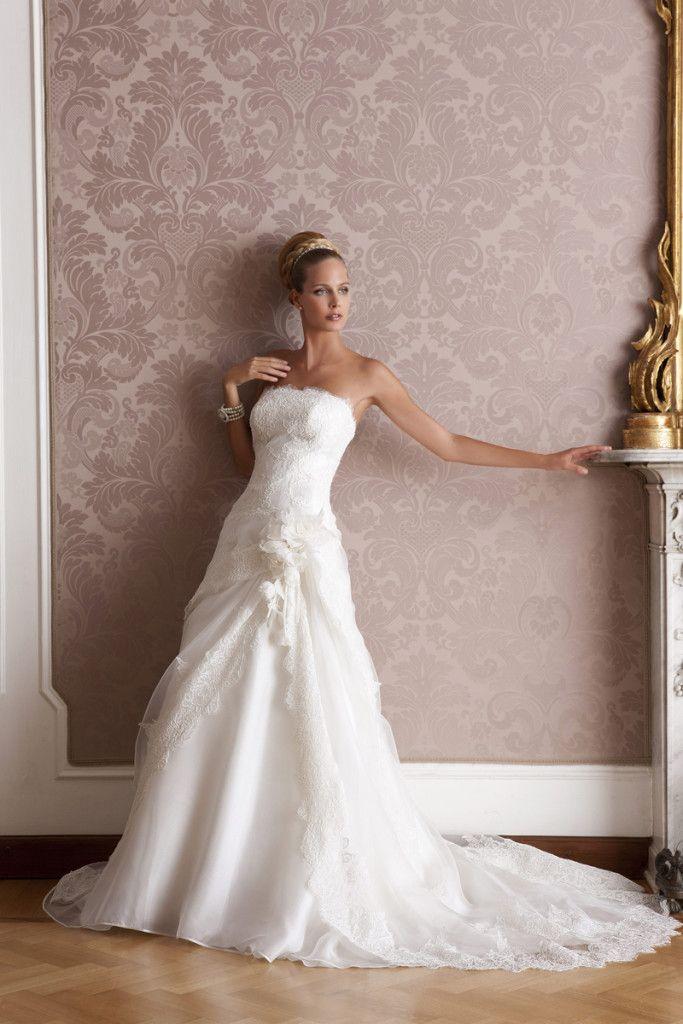 Model: Salò - Collezione Glamour di Gloria Saccucci Spose