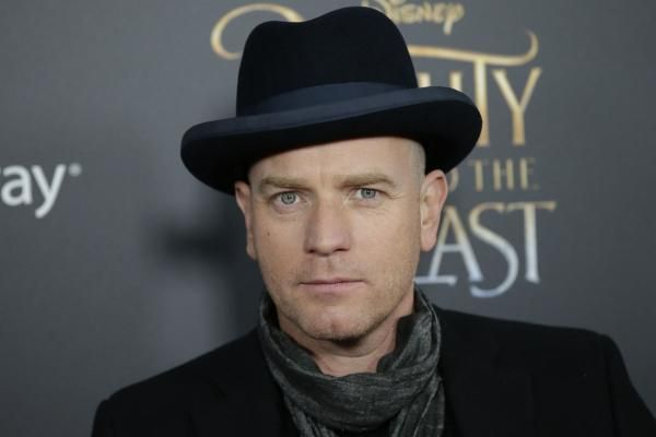 """Ewan McGregor portrays two brothers in the first trailer for Season 3 of FX""""s crime anthology series, """"Fargo."""""""