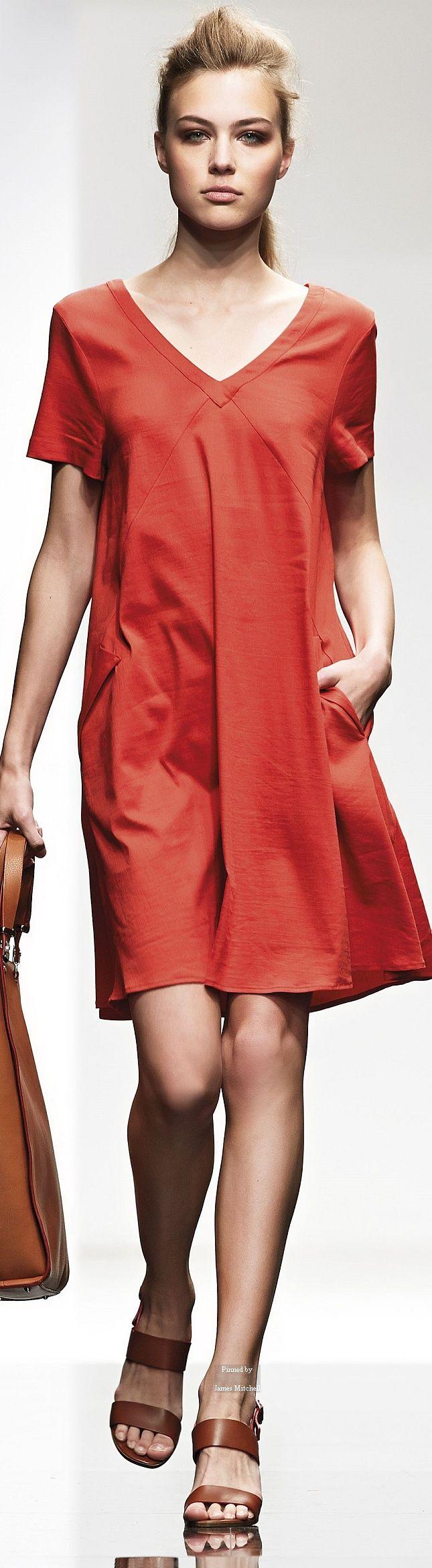 Farb- und Stilberatung mit www.farben-reich.com - Liviana Conti Spring Summer 2015 Ready-To-Wear collection