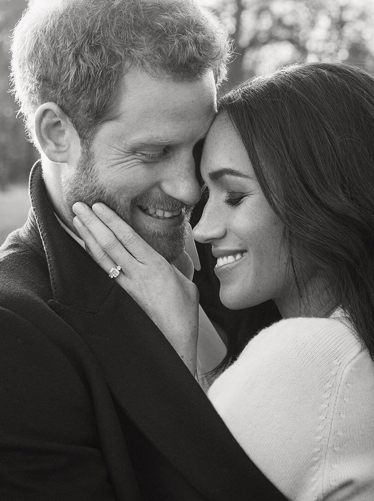 Prince Harry and Meghan Markle's official engagement photographs have been released. The photographs were taken by photographer Alexi Lubomirski @alexilubo at Frogmore House, Windsor, earlier this week. #harryandmeghan Dec 2017