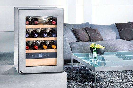 The GrandCru wine storage cabinet provides wine cellar conditions and is a highlight in every situation, because of its compact size.