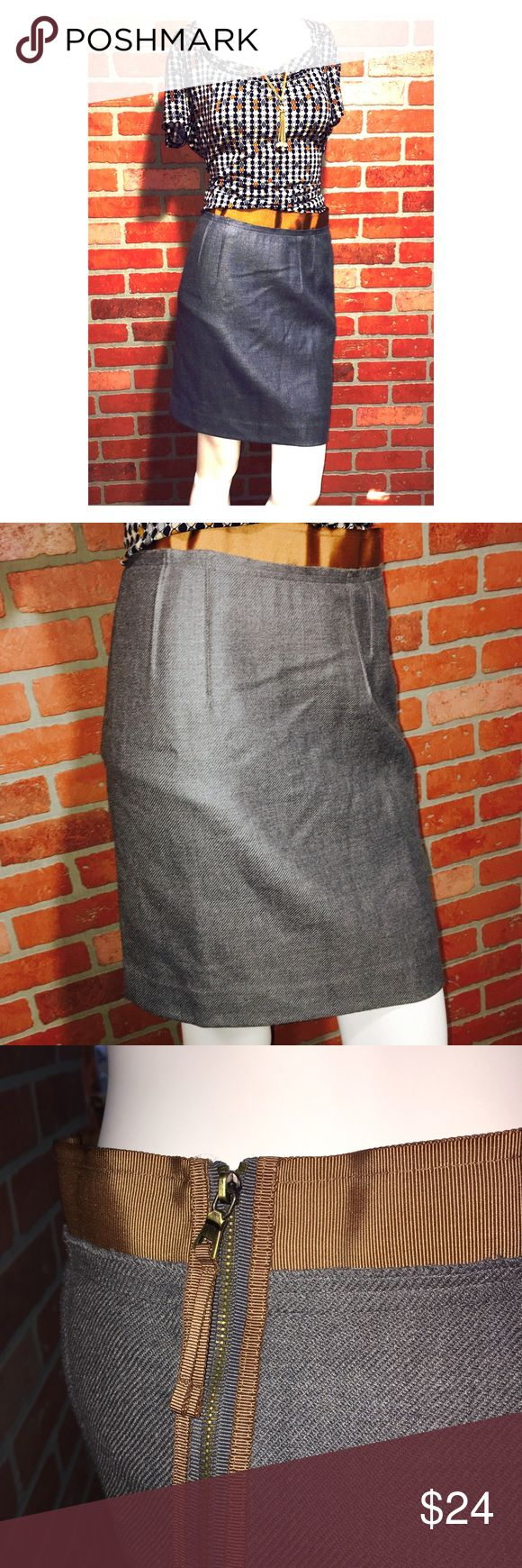 "Ann Taylor Loft Petite skirt Never worn. Sz 4 petite. Band around waist. 19"" long. 70% wool 30% polyester. Lining is 💯 acetate. Ann Taylor Skirts Mini"