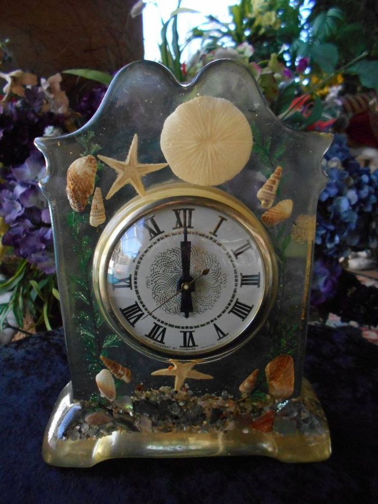 Vintage Lanshire CLOCK Electric Shelf Mantel Resin Seashells Starfish  Abalone