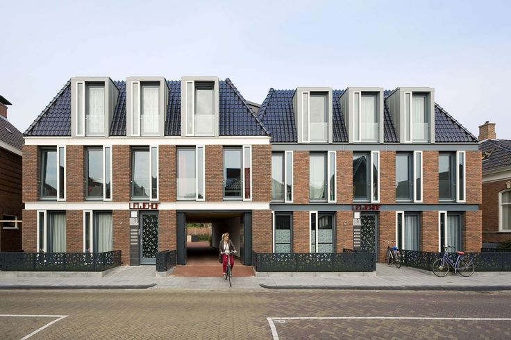 The 'Grain of Weesp', the scale and pace of the center of Weesp, is the inspiration for this plan with five city blocks along a spine of canals and squares. ...