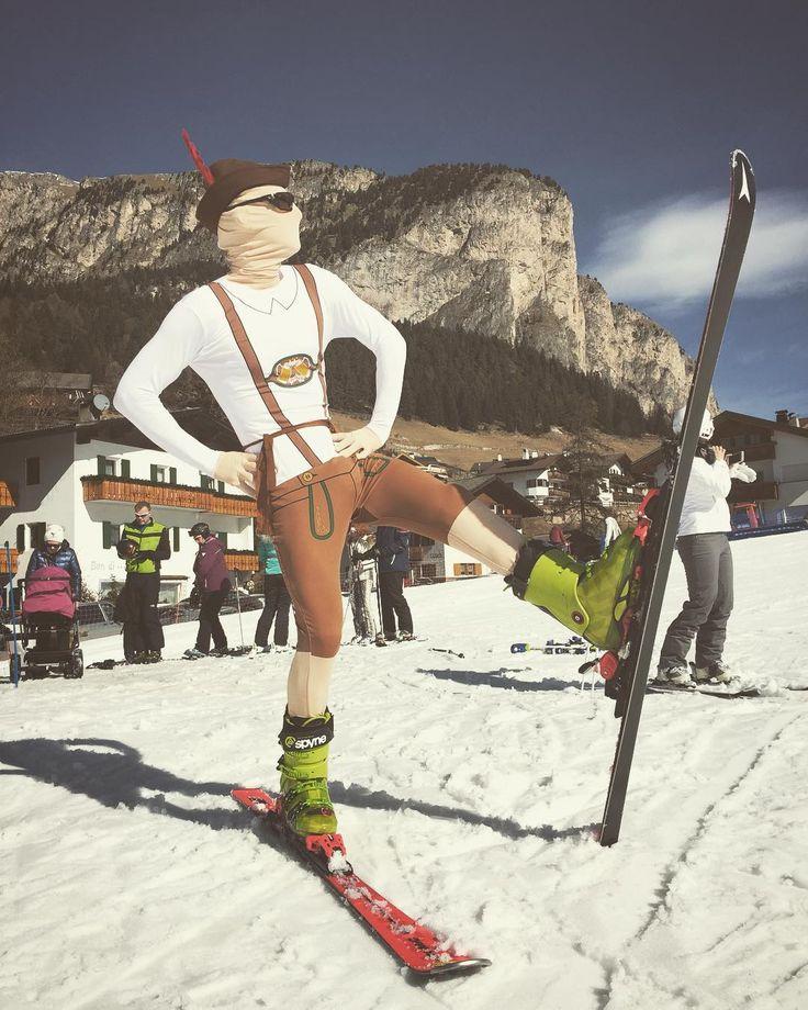 Last days for #skiingSpring is around the corner  . . . #ski #mountain #morphsuit #secondskin  #snow #deguisement #disfraz #fato #travestimento #costume #fancydress #kostium #kostým #kostüm #party #funidelia #stroje #przebranie #verkleidung #kostuum #verkleedpak