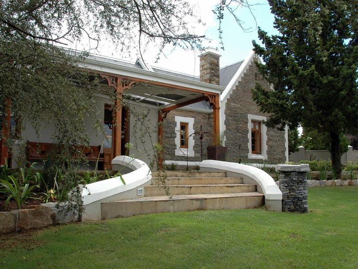 Grahamstown St Aidans Guest Cottage South Africa, Africa St Aidans Guest Cottage is conveniently located in the popular City Center area. The hotel offers guests a range of services and amenities designed to provide comfort and convenience. Service-minded staff will welcome and guide you at the St Aidans Guest Cottage. Some of the well-appointed guestrooms feature television LCD/plasma screen, internet access – wireless, private pool, non smoking rooms, air conditioning. Enter...